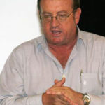 Prof Erwin Schwella of the University of Stellenbosch, facilitating the Karoo Working Group discussion